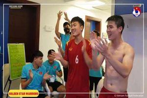 Clip đội tuyển Việt Nam trong phòng thay đồ, toàn cực phẩm siêu hot