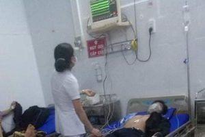 Đắk Lắk: Ba cha con nhập viện nghi do ăn thịt cóc