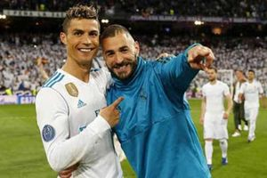 Mourinho: 'Benzema hoàn hảo đến nỗi Ronaldo cũng phải yêu'