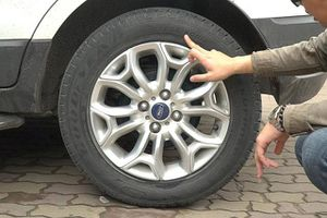 Hướng dẫn kiểm tra lốp xe thế nào trước những chuyến đi xa