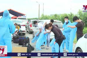 Lạng Sơn đón người lao động ở Bắc Giang về nơi cư trú