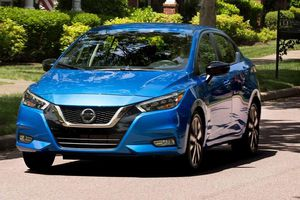 Chiều rộng ô tô là gì và nó ảnh hưởng đến những yếu tố nào của xe?