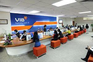 Người thân sếp VIB tiếp tục đăng ký thoái vốn