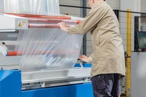 Giảm thiểu chất thải nhựa với hệ thống đóng gói công suất cao