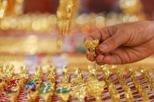 Cuối tuần, giá vàng chững lại chờ tăng?