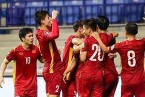 'Vượt ải' Malaysia, đội tuyển Việt Nam vững vàng trên ngôi đầu bảng