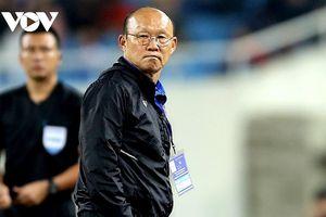 HLV Park Hang Seo bị cấm chỉ đạo trận ĐT Việt Nam gặp UAE