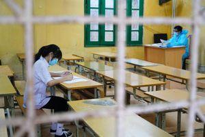 Thi vào lớp 10 Hà Nội: Phòng thi đặc biệt chỉ có 1 thí sinh