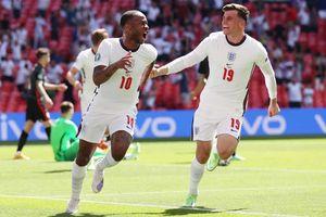Tuyển Anh thắng nhọc Croatia ngày ra quân