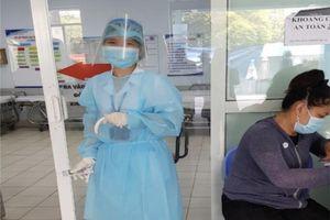 Thông tin về 2 nhân viên y tế Bệnh viện Nhân dân Gia Định dương tính