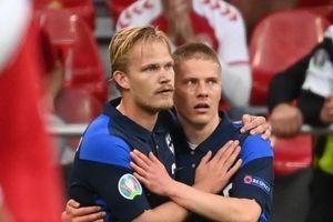 Vì Eriksen, tiền đạo Phần Lan không ăn mừng bàn thắng