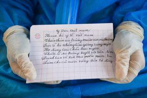 Bức thư cảm ơn và bài thơ gọi bác sĩ chống dịch là 'những thiên thần'
