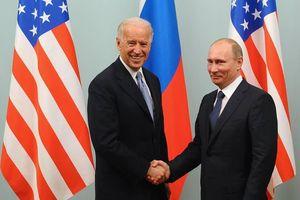 Bị ông Biden gọi là 'kẻ giết người', ông Putin bật cười