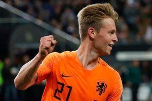 De Jong là hy vọng của tuyển Hà Lan