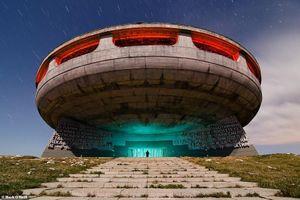 10 công trình kiến trúc nguyên khối kỳ lạ