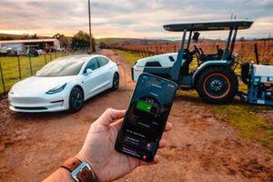 Máy kéo tự lái: Sự chuyển đổi mạnh mẽ trong nông nghiệp
