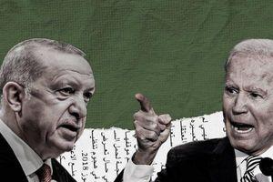 Đổi S-400 lấy máy bay không người lái: Thổ Nhĩ Kỳ giúp Mỹ tạo 'lưỡi liềm' chống Nga?
