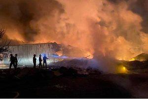 Cháy lớn tại công ty sản xuất nhựa bao bì ở Đồng Nai