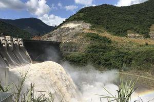 Một số hồ thủy điện ở Nghệ An phải xả lũ