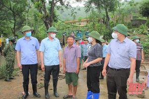 Phó Bí thư Tỉnh ủy Trịnh Tuấn Sinh kiểm tra, chỉ đạo công tác ứng phó với cơn bão số 2 tại huyện Quan Hóa