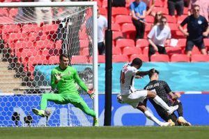 ĐT Anh 1-0 Croatia: Người hùng Sterling