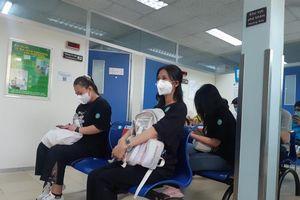 Tiêm vắc-xin phòng COVID-19 cho sinh viên tham gia phòng chống dịch