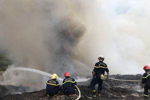 Đà Nẵng kịp thời khống chế đám cháy ở bãi rác Khánh Sơn