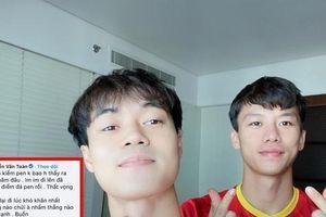 Văn Toàn và Hải Quế tự nhận có nhiều 'fan quốc tế' nhất, đăng ảnh chụp chung cho đỡ tủi
