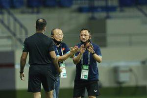 UAE thắng hay là 'chết', thầy Park gặp thiệt thòi