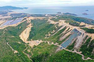 Bán đảo Phương Mai bị băm nát