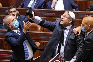 Quốc hội Israel hỗn loạn trong phút cuối 'triều đại Netanyahu'