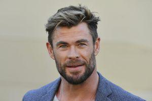 Chris Hemsworth nhận huân chương