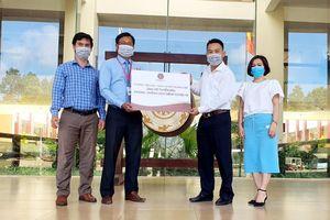 Trường Tiểu học, THCS và THPT Hoàng Việt chung tay phòng, chống Covid-19