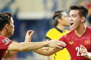 UAE lo sốt vó trước tuyển Việt Nam
