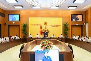 Ủy ban Thường vụ Quốc hội họp bàn về nhiều vấn đề quan trọng