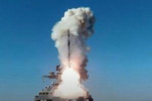 NATO điều binh sát biên giới, Nga tăng cường máy bay, tên lửa sẵn sàng nghênh chiến
