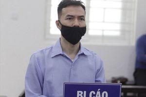 Cựu nhân viên ngân hàng lãnh 17 năm tù do lừa đảo doanh nghiệp