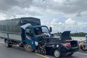Vụ tai nạn làm 3 người tử vong ở Hưng Yên: Xe ô tô con Vios đã lấn làn