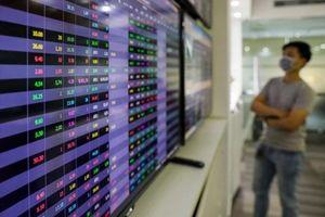 VN-Index tăng gần 10 điểm dù cổ phiếu ngân hàng hạ nhiệt
