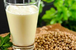 5 'đại kỵ' khi uống sữa đậu nành tự làm nhất định không được lặp lại