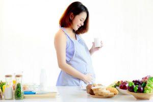 Ngóng đợi tập 3 bàn tròn Similac với chủ đề cực hay: Ở cữ, chăm sóc bé sơ sinh