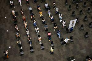 Thủ tướng Thái Lan xin lỗi vì chiến dịch tiêm vaccine chậm chạp