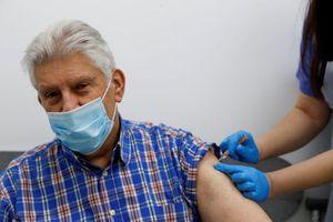 Anh: Vaccine Covid-19 giúp giảm 90% khả năng nhập viện do biến thể Delta