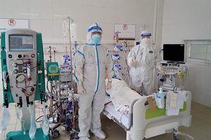 Hai bệnh nhân phải can thiệp ECMO tại Trung tâm Hồi sức tích cực lớn nhất miền bắc