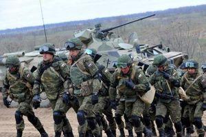 Bộ trưởng Ngoại giao Ukraine: Nga chỉ rút 12.000 trên 100.000 quân khỏi biên giới