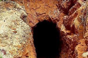 Xót xa vùng lõi rừng phòng hộ ở TT-Huế bị đào tung để tìm vàng