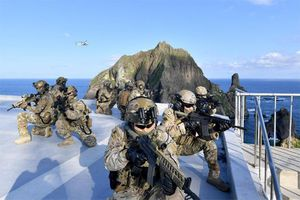 Nhật hủy đàm phán, Hàn Quốc tập trận quanh đảo tranh chấp