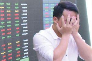 Ai trả lại công bằng cho nhà đầu tư?