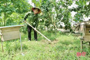 Người dân Vũ Quang điều chỉnh nhịp sống, 'thích nghi' với dịch bệnh