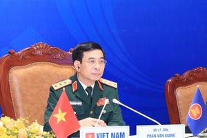 Cuộc gặp không chính thức Bộ trưởng Quốc phòng ASEAN-Trung Quốc